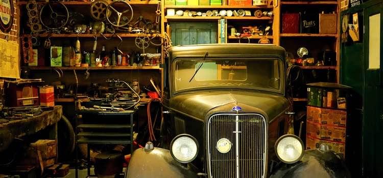 disorganized-garage.jpg